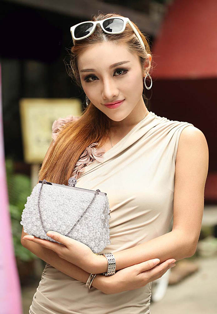 c7c95623985ed Wholesale LSE00296 - White Vintage Beads Pearls Crystals Evening ...