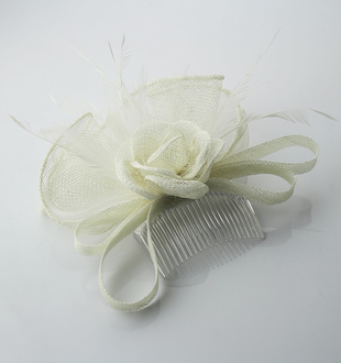 LSH0057 -  White Feather & Mesh Flower Fascinator on Comb