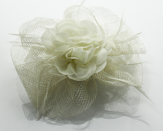 LSH0079- Ivory Feather & Flower Fascinator on Comb