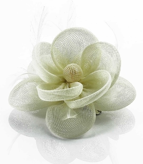 LSH00147- Ivory Feather & Mesh Flower Fascinator on Clip