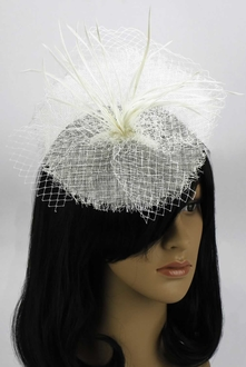 LSH00118 - Ivory Mesh Hat Feather Fascinator