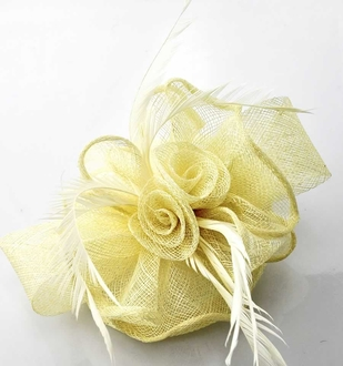 LSH00184 - Ivory Feather & Flower Fascinator