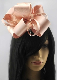 LSH00177-  Nude Feather & Flower Fascinator