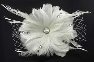 LSH00164 - White Feather & Flower Fascinator